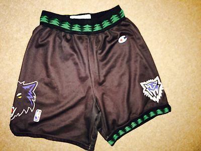 Minnesota Timberwolves Vintage Retro NBA Basketball Shorts by Champion - Adult L