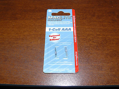 MagLite LK3A001 Solitaire Mini Keychain Flashlight 2 Pack Replacement Mag Bulbs