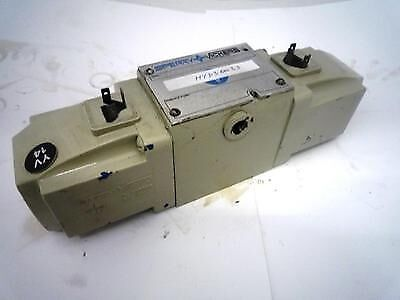 Vickers DG4S4 016C  W2H53UGEU302 Reversible Hydraulic Directional Control Valve
