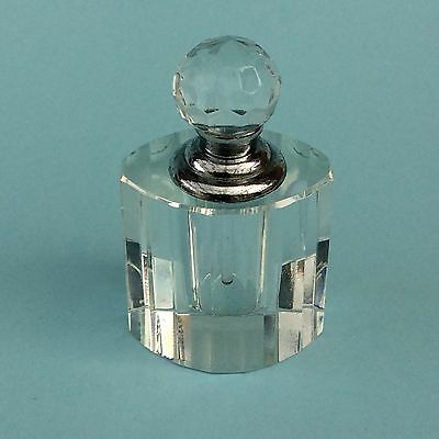 VINTAGE SMALL ART DECO STYLE CRYSTAL PERFUME BOTTLE Screw-on top