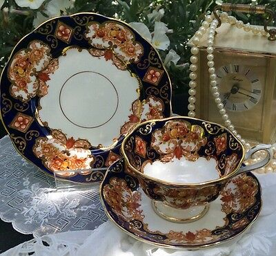 Royal Albert Heirloom Cup Saucer Plate Trio Antique Vintage China