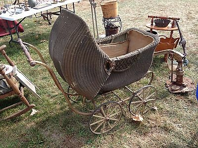 Antique TURN OF THE CENTURY Wicker Baby Carriage / Buggy / Pram ~Wooden Wheels