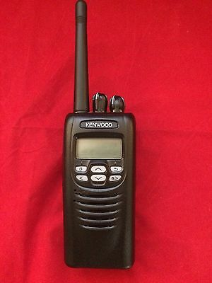 Kenwood NX200 K NXDN Portable VHF Radio with charger