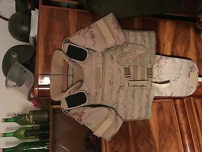 Military, Army, Kevlar Bulletproof Vest with plates