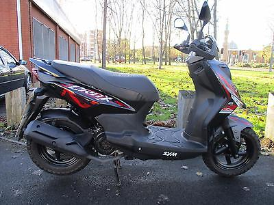 Sym Crox 125 Scooter M/x Styling Stunning Led Lights 2016 Low Miles P/x