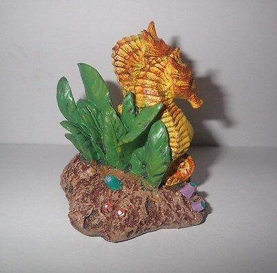 Small Two Seahorses Aquarium Fish Tank Ornament Decoration