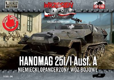 1/72 First to fight PL1939-040 Hanomag Sd.Kfz. 251/1 Ausf.A German AFV