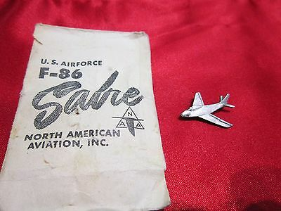 Vintage F-86 Sabre Jet Pilot Qualification Lapel Pin USAF NAA inc.