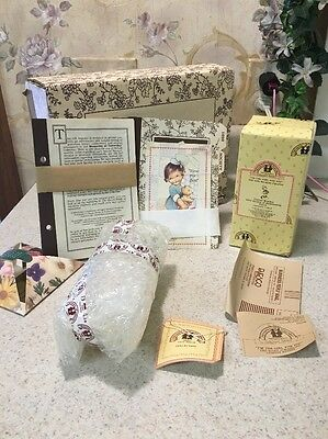 """MEMORIES OF YESTERDAY FIGURINE """"I'M THE GIRL FOR YOU"""" New In Box W/ Paperwork"""