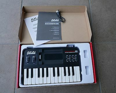 AKAI Synthstation 25 Keyboard Controller for iPhone/iPod or PC/Mac