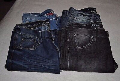 Lot Of 4 Pairs Of Men's Jeans  Size 32 X 30 Euc