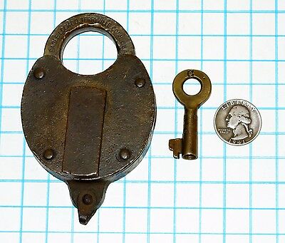Genuine Vtg Antique Old Big Large Solid Brass Eagle Lock Co. Lever Padlock & Key