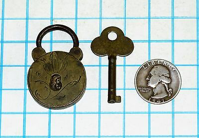 Real Vtg Antique Old Ornately Engraved Brass Miniature Small Padlock Lock & Key