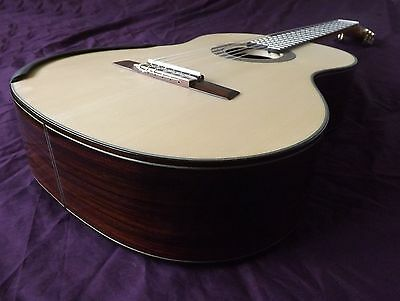 Grand Concert Classical Guitar - All Solid Woods -   Lattice Braced Spruce Top