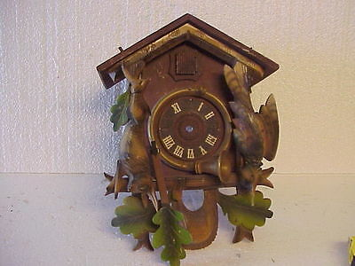 Vintage Painted Hunter Theme Cuckoo Clock Case Only parts repair J • EUR 17,03