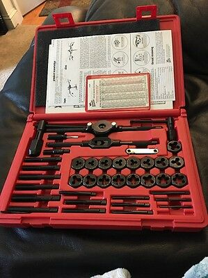 VERMONT AMERICAN 21786 Tap and Die Set, 40 pc, Carbon Steel SAE New