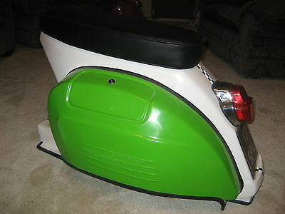 Vespa Indoor Seat!!   Vespa Chair  Gaming Chair  Vespa Seat ITALIAN FLAG ONE OFF