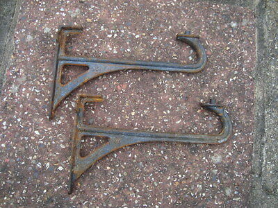 Pair Of Cast Iron Sink Brackets