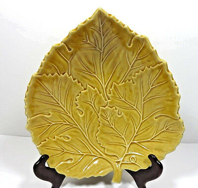 """Bordallo Pinhiero Pottery Yellow Leaf Serving Plate 10 1/2"""" Portugal"""