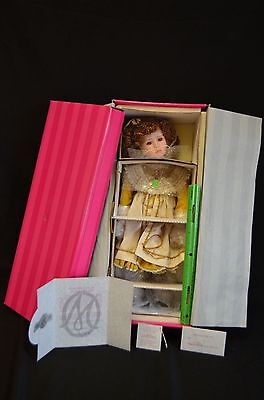 MARIE OSMOND Porcelain Doll EMMA Classical Beauties Musical