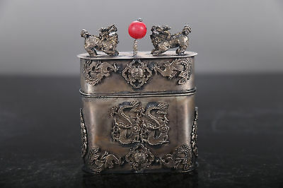 Collection of ancient China  carved dragon Tibetan silver Tobacco box kylin lid
