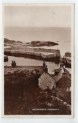 THE HARBOUR, FINDOCHTY: Banffshire postcard (C11222)