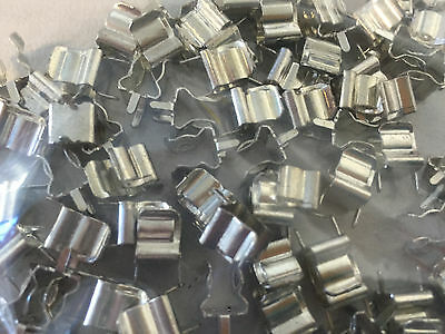 "100 x   FUSE CLIP  205 SIZE -- Pitch =1/4"" = about 6.5mm PCB Mount"