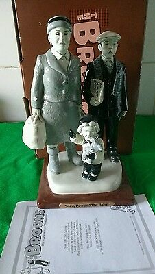 Large The Broons Figurine Scupted 2007 Peter Davidson