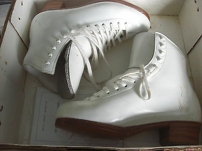 Riedell Girls Figure Ice Skates Model 2412 Youth - White - Size 4 - Boot Only