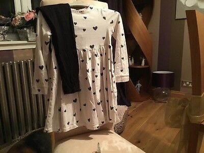 M&S GIRLS TUNIC AND LEGGINGS - age 5-6