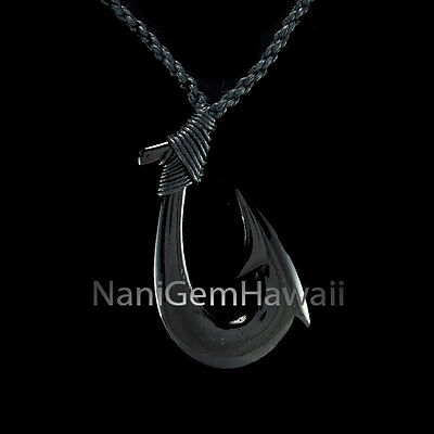 Fish Hook Hawaiian Polynesian Hand Carved Buffalo Bone Makau Balck Necklace