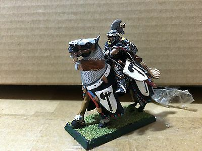 Bretonnia Lord With Axe Metal OOP