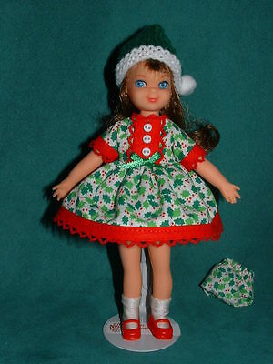 Christmas Holly Outfit for Tutti by Michelle