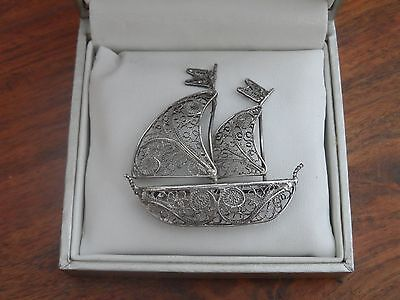 GORGEOUS VINTAGE STERLING SILVER lARGE FILIGREE BOAT BROOCH 6.6gr