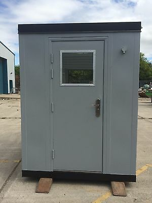Flat sided steel Security Hut/Gate House
