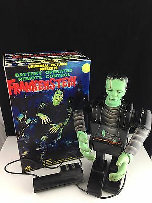 """Vintage 1960 Marx Frankenstein 13"""" Battery Operated Remote Tin Litho Rare"""
