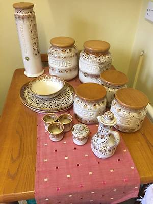 Fosters Pottery - Honeycomb