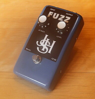 JHS FZ-III Fuzz Effect Pedal -- 70's fuzz in original box - Superb condition --