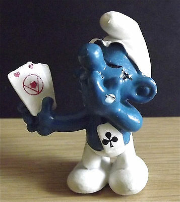 Vintage Smurf Card Player Pvc Figure