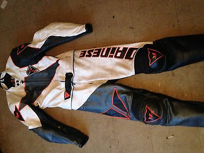 Dainese 2 Piece motorcycle Leathers Size 48