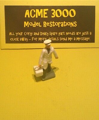 Corgi GS24 Constructor Set Reproduction Repro - Painted Milkman Figure