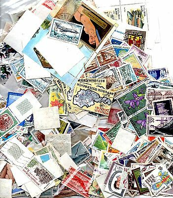 Stamps In Bulk From The World 08.