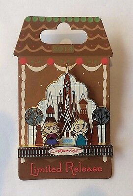 Disney Wdw 2014 Holiday Gingerbread Frozen - Elsa, Anna & Castle Pin Lr