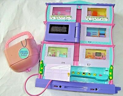 2 Pixel Chix Roomie 3 Story House Interative Electronic Doll 6 Rooms & Purse