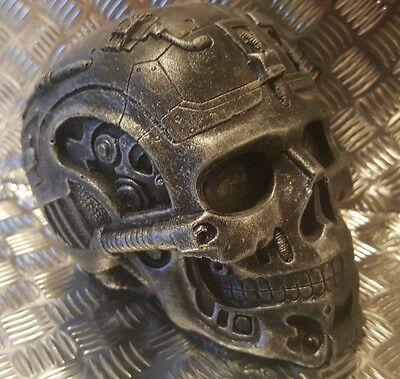 T 800 Terminator cyborg head skull movie collectable judgement day