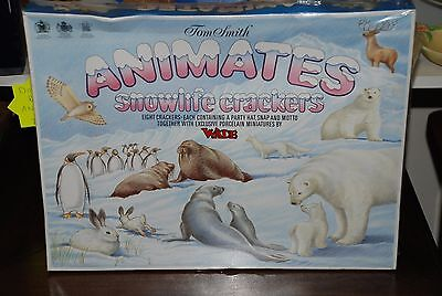 Tom Smith Animates Snowlife Crackers by Wade 8 Christmas Crackers unopened pack
