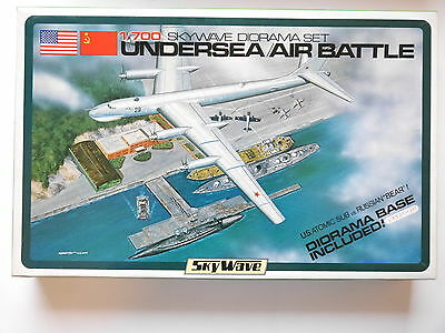 SET Diorama Military base UNDERSEA / AIRBATTLE Schlacht, GM Sky Wave 1:700 boxed