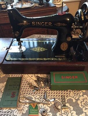 Vintage Singer Sewing Machine 99k With Case,Instructions and Accessories 1916