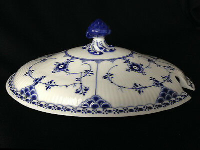 Royal Copenhagen blue fluted oval tureen lid No. 593