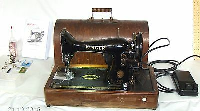 Singer 99 K Electric Sewing Machine 1954 - Earthed - With Bentwood Case & Led